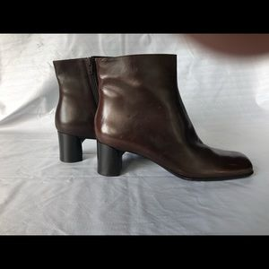 Via Spiga Boots ladies size 10 medium